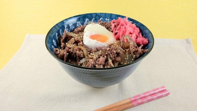 人気定番の牛丼レシピ!たれにめんつゆを使わなくてもおいしい