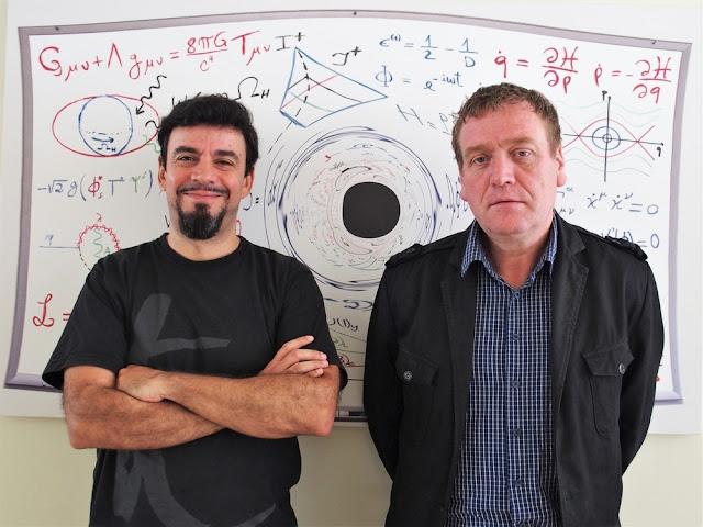 Carlos Herdeiro e Eugen Radu do Departamento de Física da UA