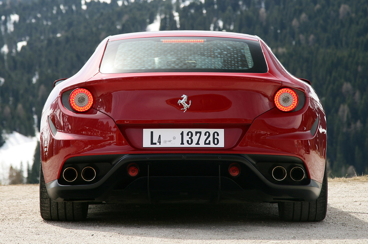 World Of Cars Ferrari Ff