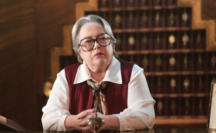 Disjointed - Pot Comedy Ordered to Series by Netflix with Kathy Bates to Star