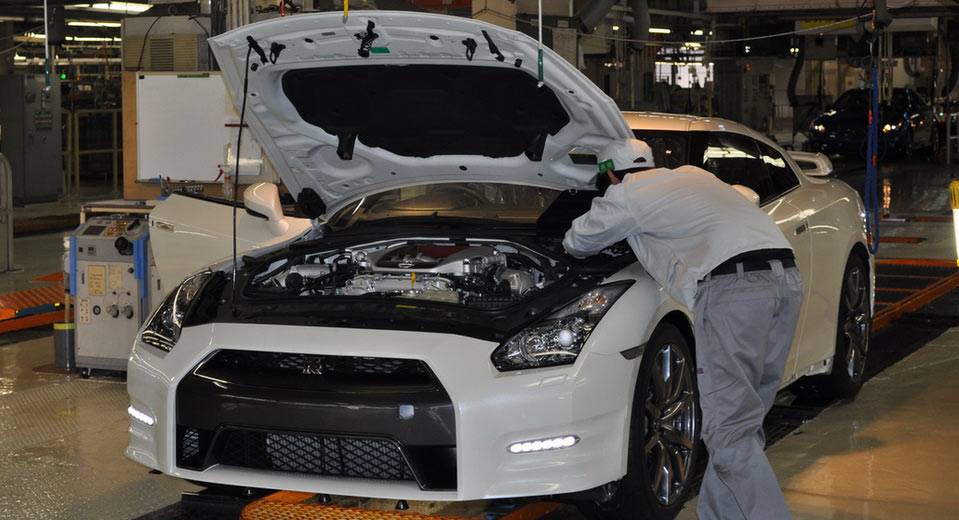 Nissan Suspends All Production In Japan Due To Faulty Quality Inspections