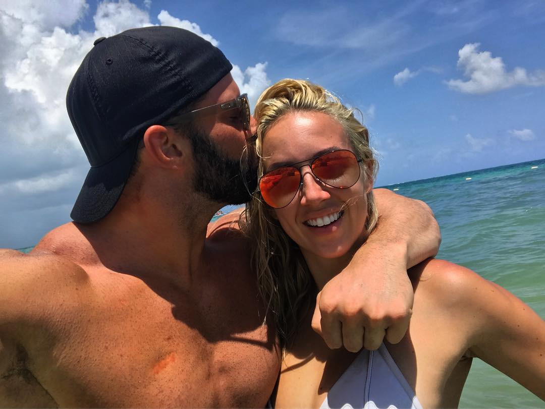 who is dating who in wwe Wrestling (wwe) wives and girlfriends (wags) is finn balor's girlfriend cathy kelley is finn balor's girlfriend cathy kelley well, the internet erupted with a.