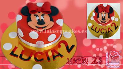 tarta personalizada fondant modelado 2d cara minnie mouse Laia's Cupcakes Puerto Sagunto