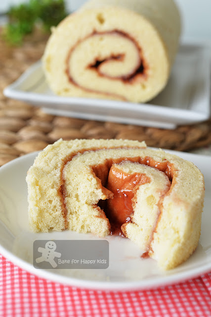 cottony soft strawberry jam Swiss roll