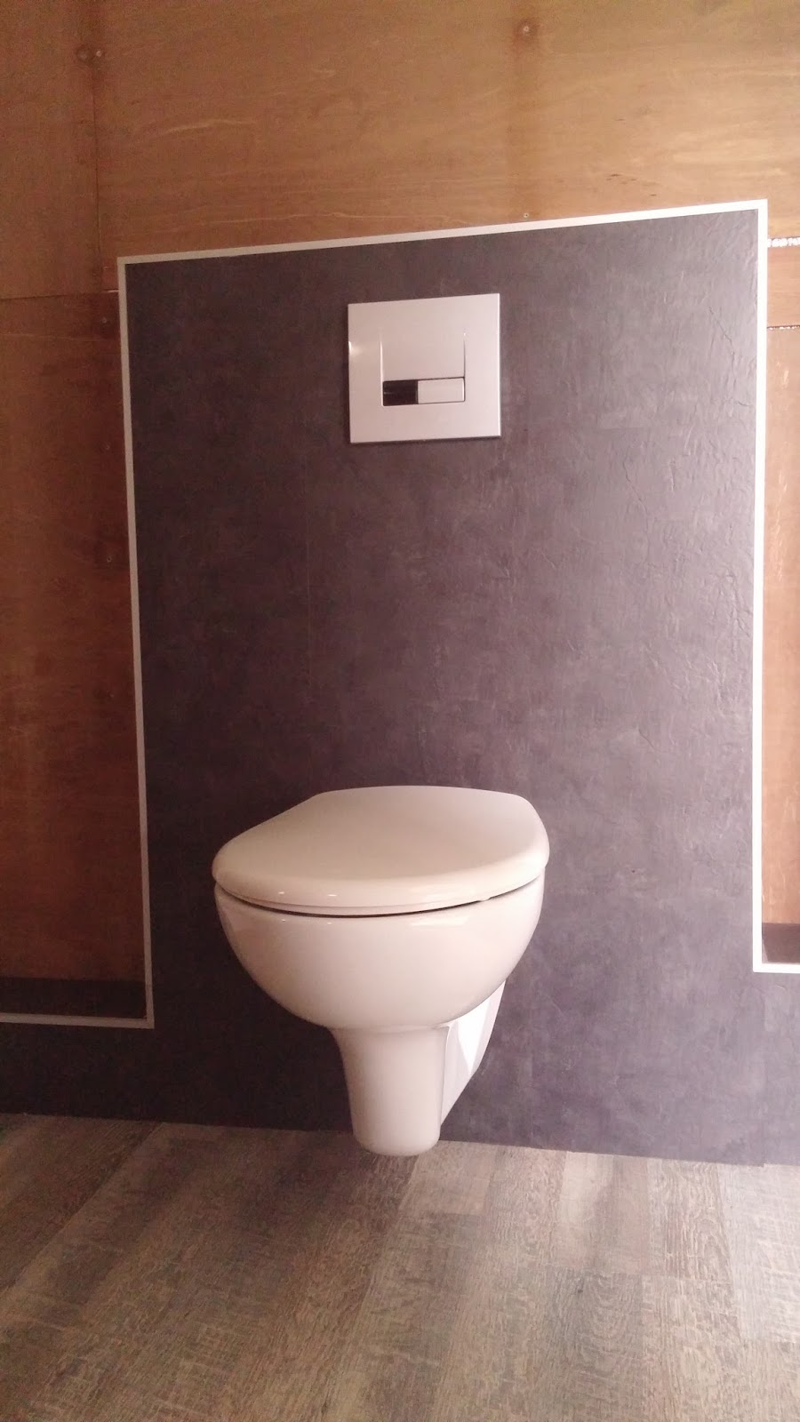 Achterwand Toilet Toilet Achterwand Top Achterwand Toilet In Himac Uitgefreesd With