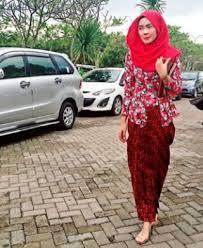 Model Baju Muslim Kebaya Kutu Baru Modern Terbaru
