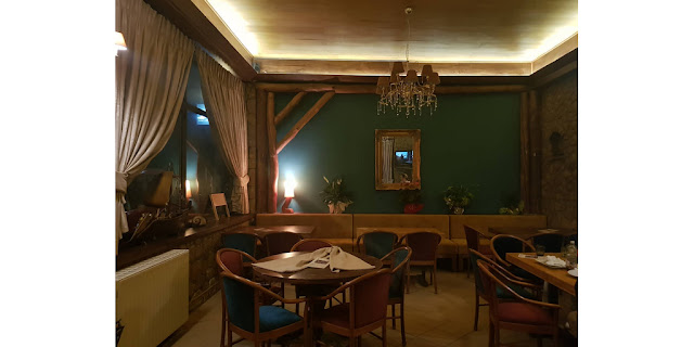 HELEN'S Pizza-cafe
