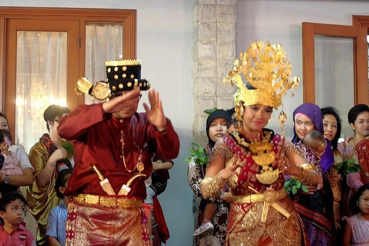 Prosesi Pernikahan Adat Batak Tapanuli Selatan.