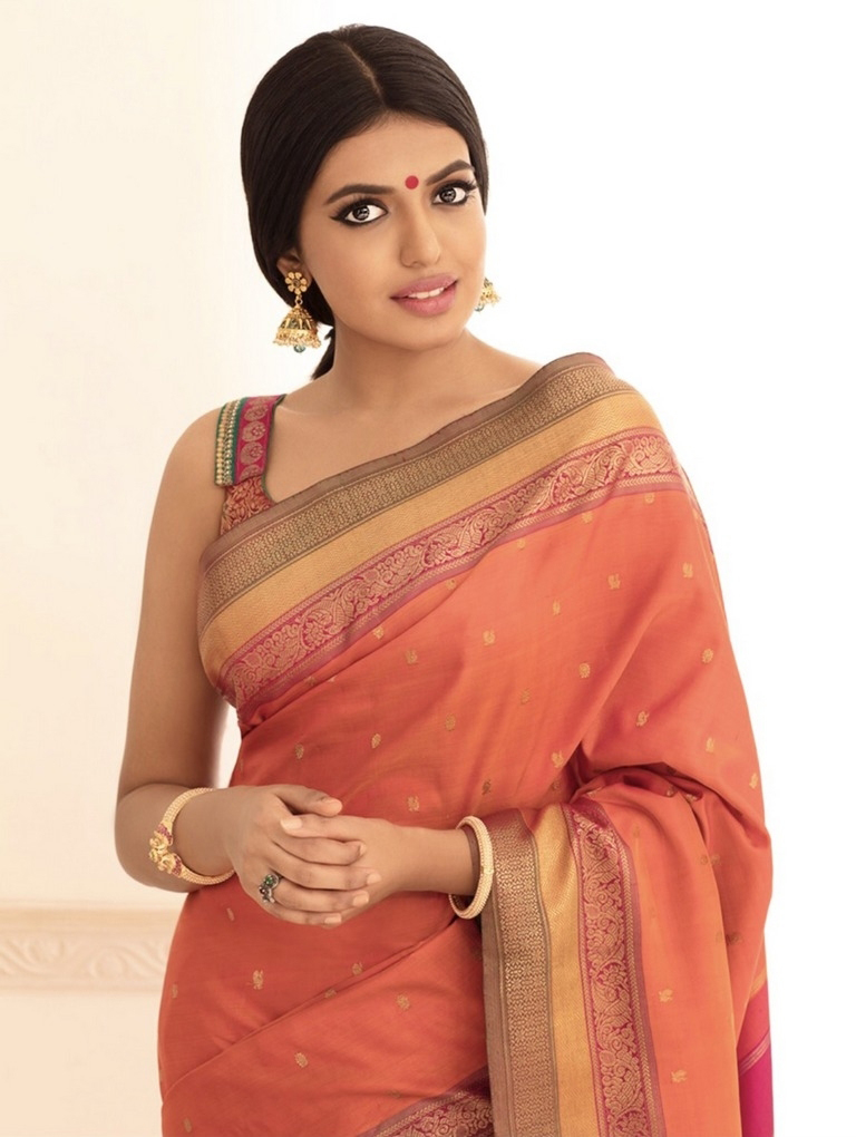Shivani Rajasekhar In Saree Photo Stills
