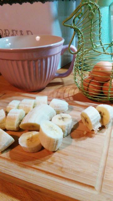 muffiny z czarnych bananów, dojrzałe banany, babeczki z bananów