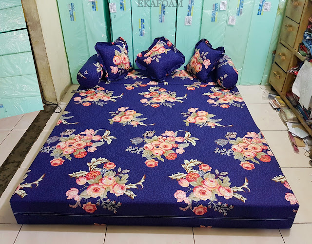Sofa bed inoac motif bunga Forentine Biru