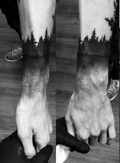 Stunning Wrist Tattoos For Women and Men