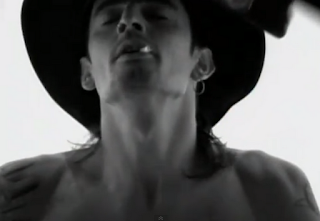 videos-musicales-de-los-80-mötley-crüe-home-sweet-home