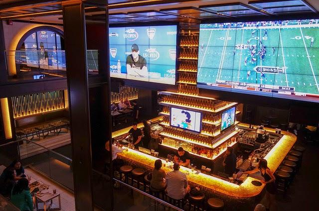 Bar 40 40 Club em Nova York  6d23915772406