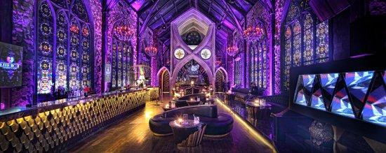 Mirror Lounge and Bar Denpasar
