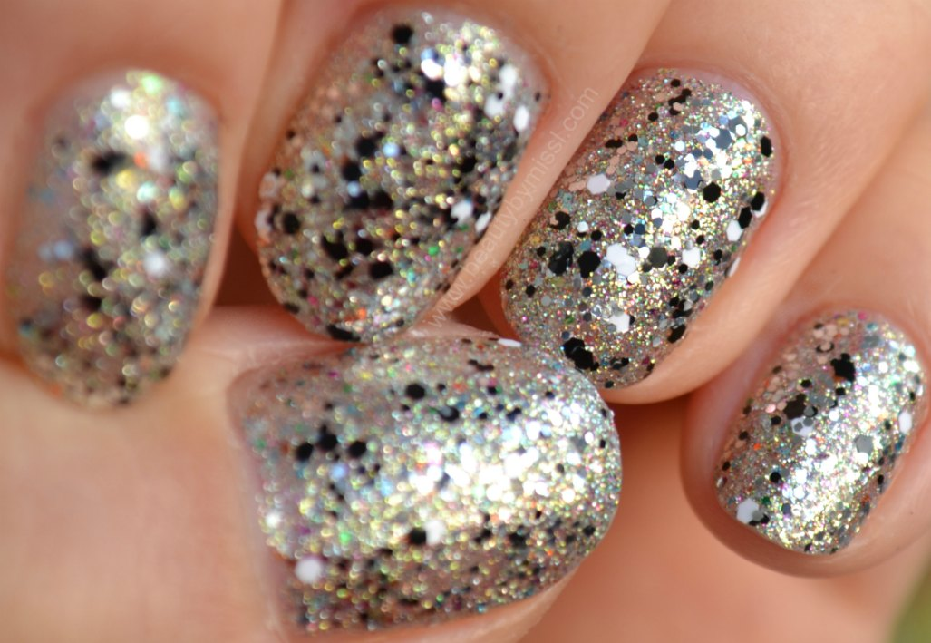 layering, bling, nails, notd, nails of the day