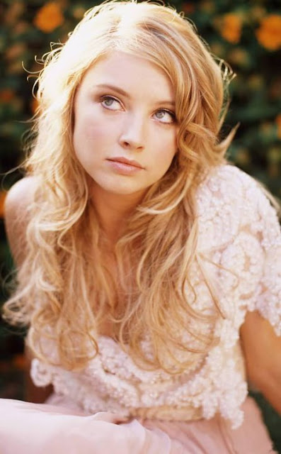 Elisabeth Harnois age, married, feet, movies and tv shows, one tree hill, hot, csi, instagram, wiki, biography