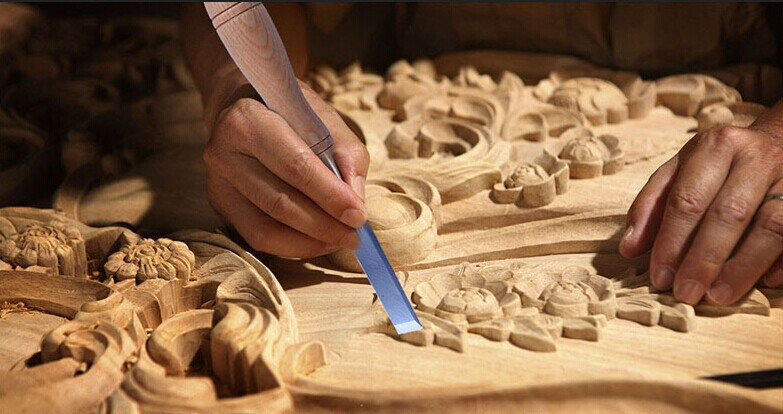 FURNITURE CLASSIC CARVING