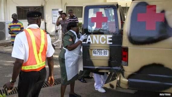3 Pics from Pres. Jonathans visit to bomb victims at Asokoro Hospital