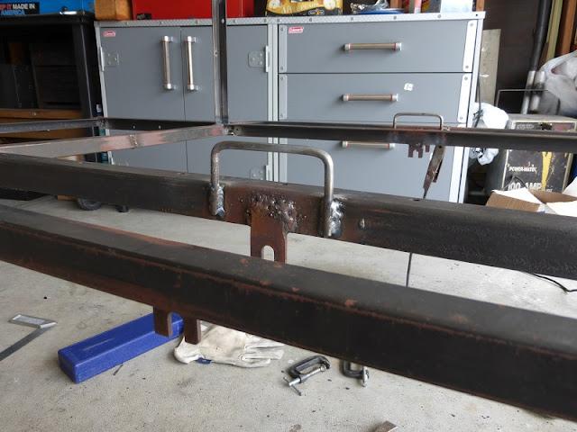 hook welded