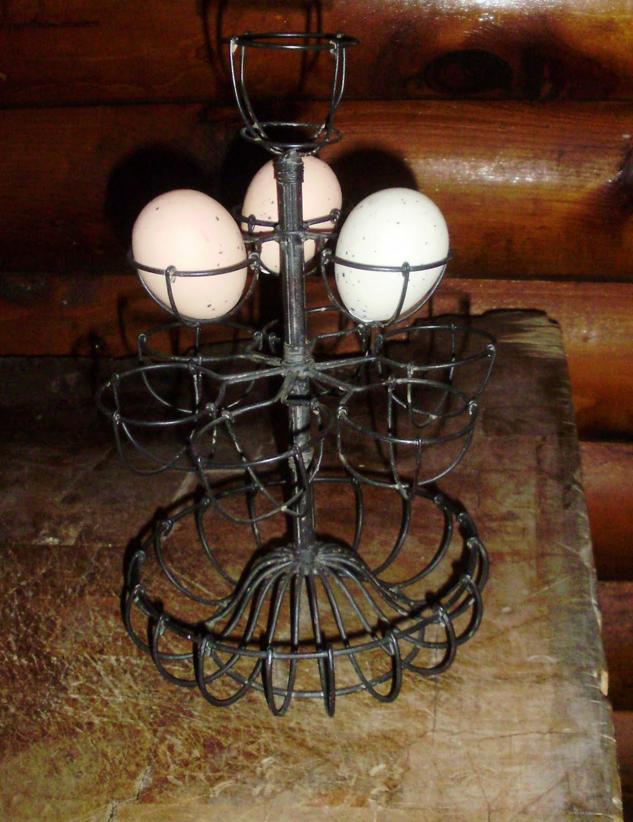 Log Cabin Antiques Amp Gifts Twisted Wire Egg Holder Stand