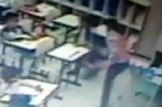 Professora agride alunos no interior de SP. Veja no vídeo
