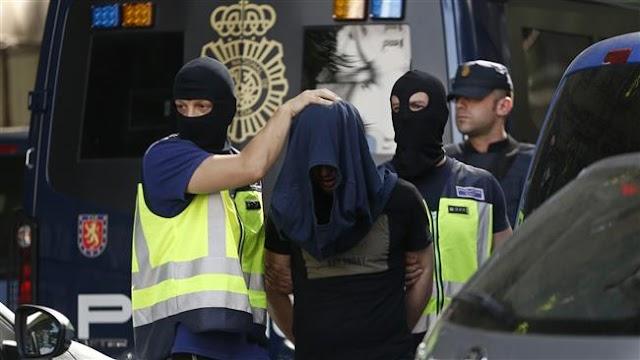 Spain arrests 3 Moroccans, including 1 suspected of membership in Daesh