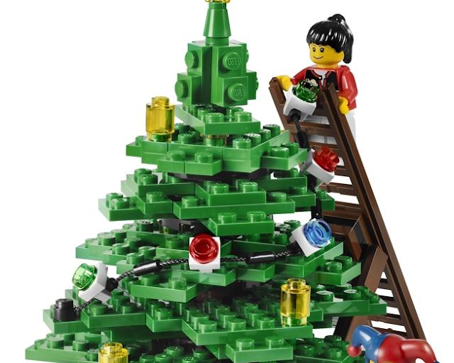 albero di lego a Milano