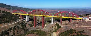 Ολοκληρώνεται η μεγαλύτερη σιδηροδρομική γέφυρα των Βαλκανίων στην Εκκάρα Δομοκού.