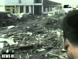 Gelombang Tsunami Meratakan NAD
