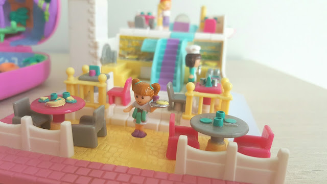 pollypocket-pizza-restaurant