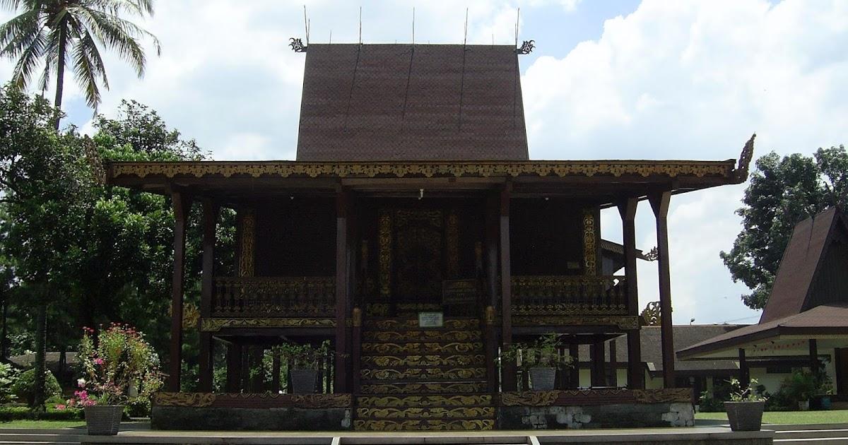 Lihat Rumah Adat Kalimantan Selatan Penjelasannya Sketsa