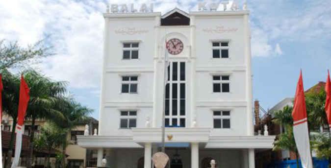 Pemerintah Kota Ambon, Maluku, meluncurkan 101 program inovasi pelayanan publik setelah melakukan penandatanganan kerja sama dengan Lembaga Administrasi Negara (LAN).