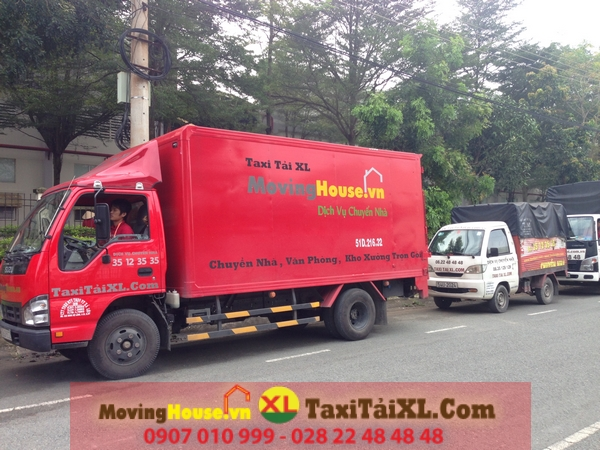xe-taxi-tai-chuyen-nha-van-phong-tron-quan-8-TPHCM