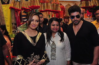 Bollywood Actress Sana Khan Launches Aakrithi Exibition  0316.JPG