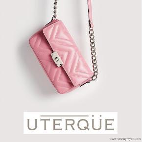 queen letizia carried uterque bag