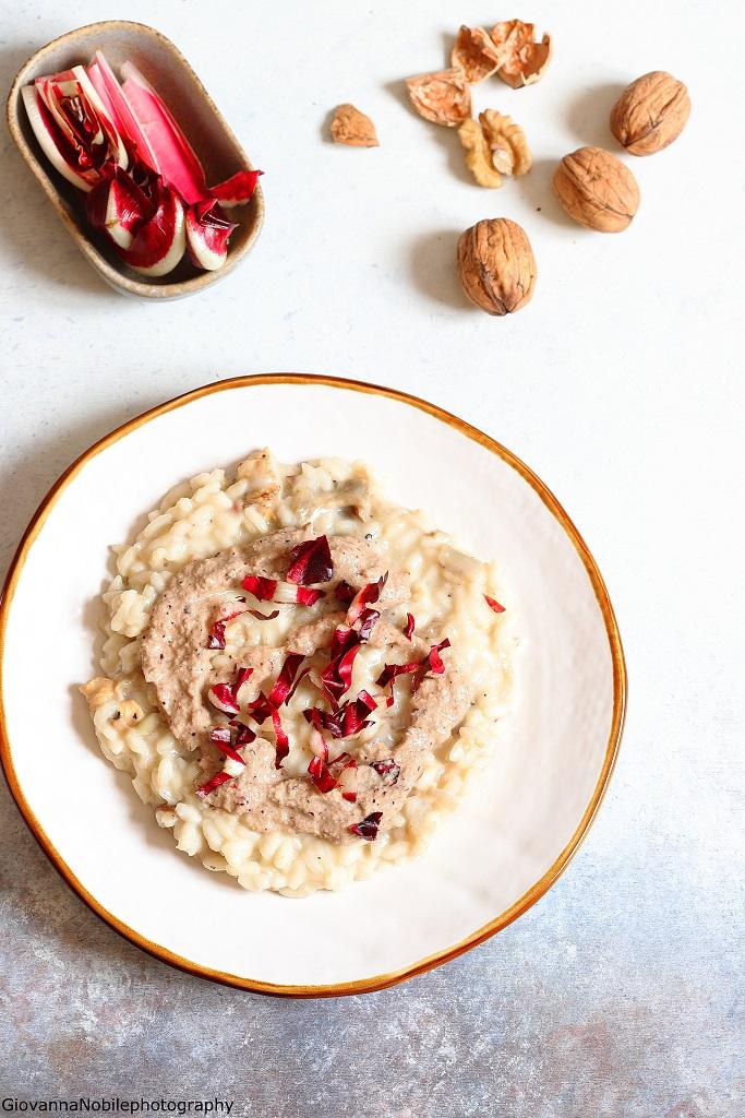 Risotto al pesto di radicchio, noci e parmigiano