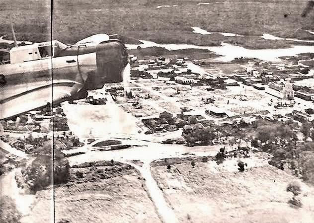 Nave peruana sobrevolando la zona del conflicto entre Perú y Ecuador (1941)