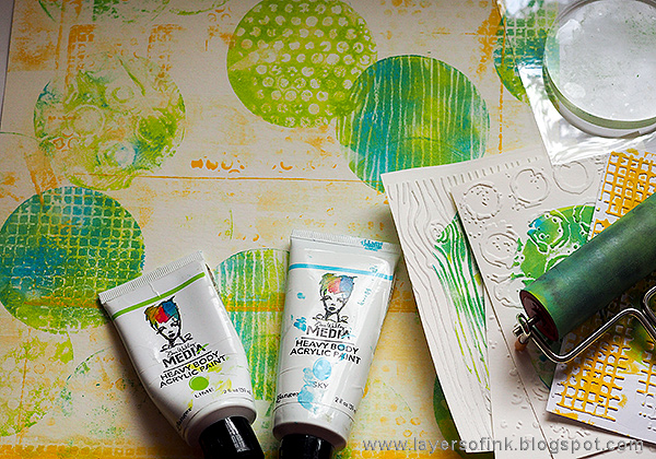 Layers of ink - Gel Printed Circle Background by Anna-Karin Evaldsson with Ranger gel printing plates