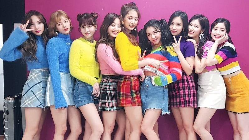 Twice anuncia comeback com novo mini lbum inspire kpop no dia 25 de maro meia noite do kst o twice anunciou que faro o seu comeback com what is love no dia 9 de abril s 18h kst stopboris Gallery