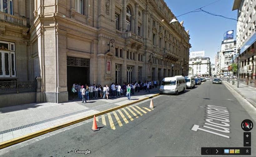 Foto Google Maps - Entrada do Teatro Colón na rua Tucumán