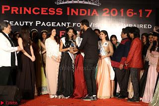 John Aham, Bhagyashree, Subhash Ghai and Amyra Dastur Attends Princess India 2016 17 Part2 011.JPG