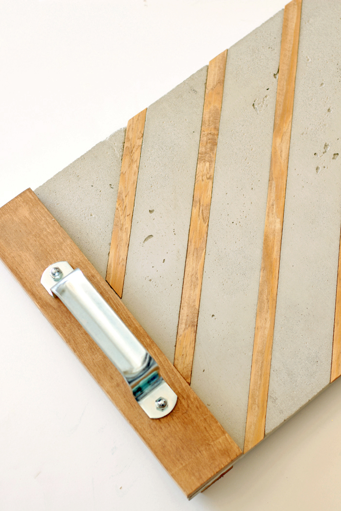 Industrial serving tray - concrete and wood