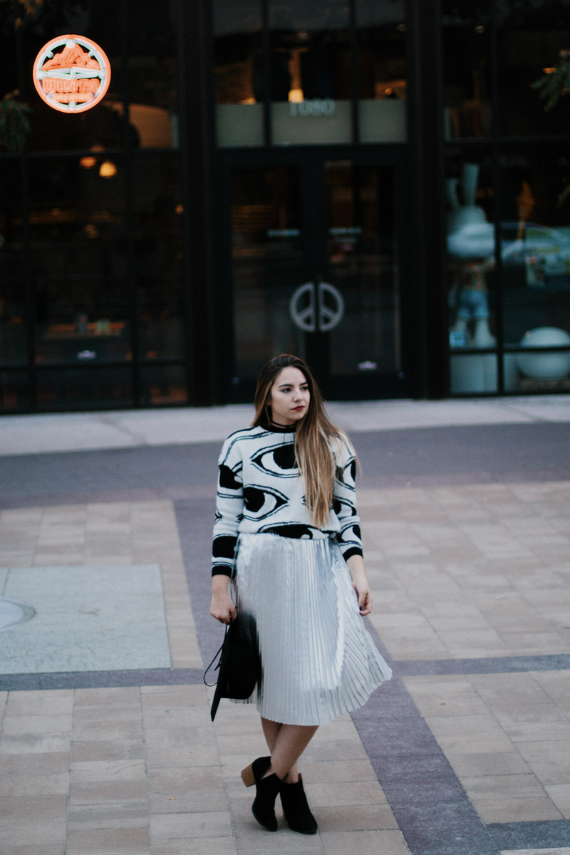 metallic skirt, best bloggers to work with, most popular bloggers in utah