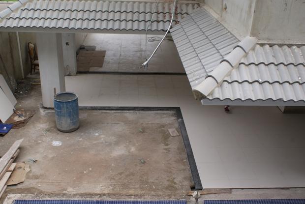 Finalizado o piso da sala e varanda  Construindo a nossa casa  A SAGA