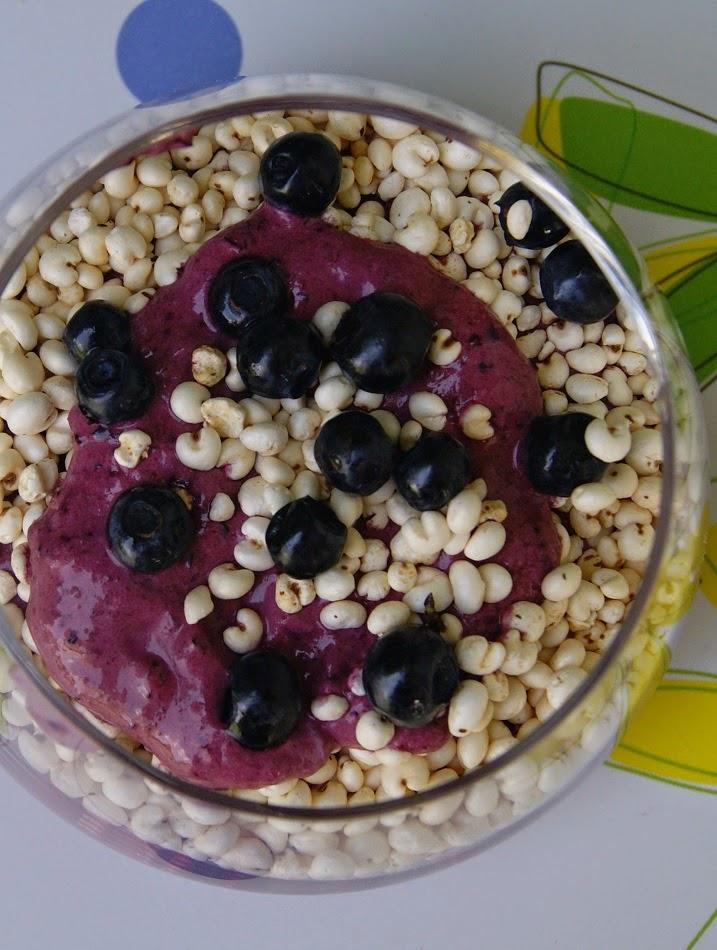 Deser z jagodami i mascarpone