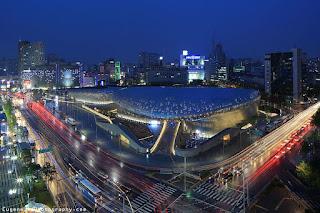 Wisata Korea Selatan - Dongdaemun Design Plaza