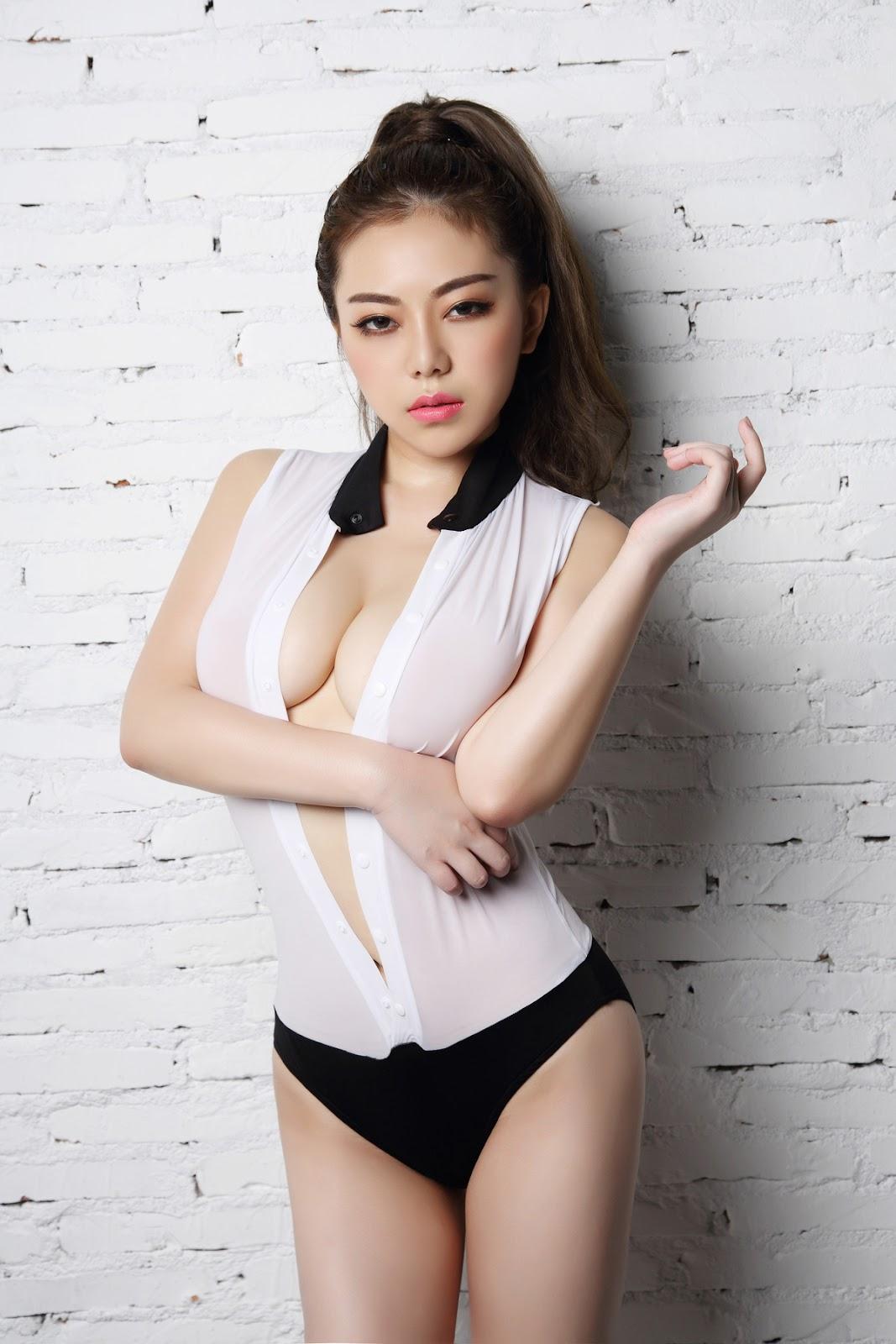 %2529%252B%252B%25C2%25A6%25C2%25B7 05 - TGOD Sexy Nude FAYE