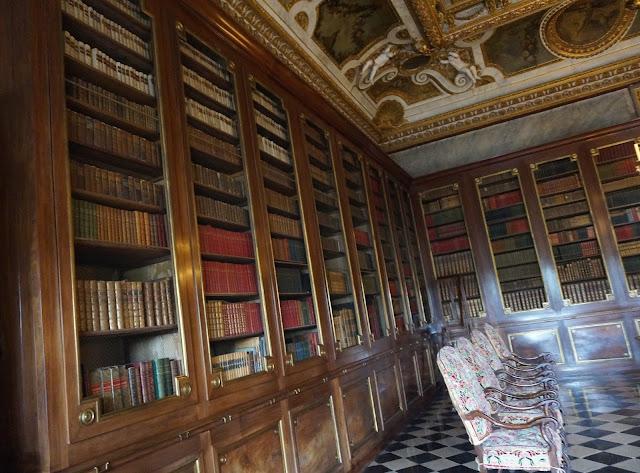 bibliothèque Vaux le Vicomte
