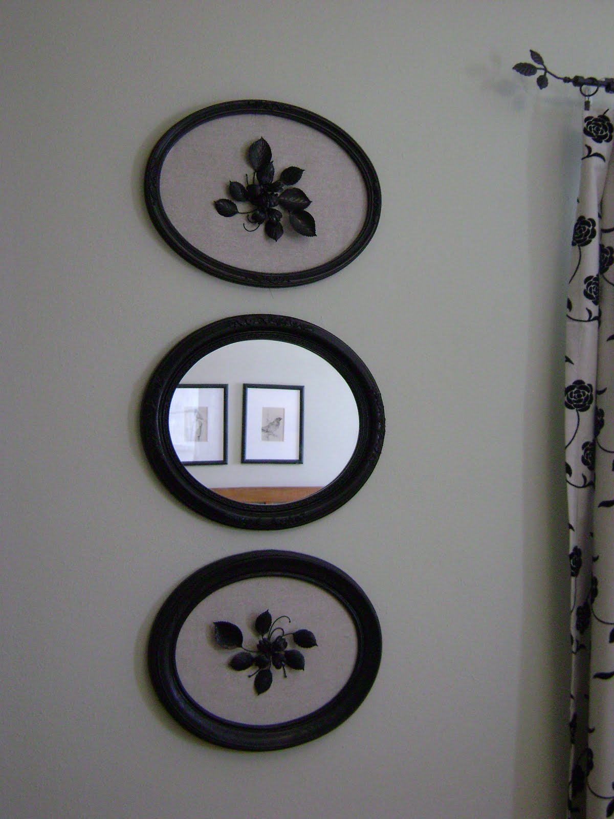 Art Décor: LITTLE HOUSE OF PROJECTS: Wall Decor On The Cheap